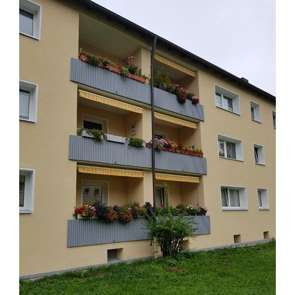 Referenz der Firma E. Miller in Krailling, Würmtal aus dem Jahr 2019 – Fassaden in Gräfelfing – Balkonbereich