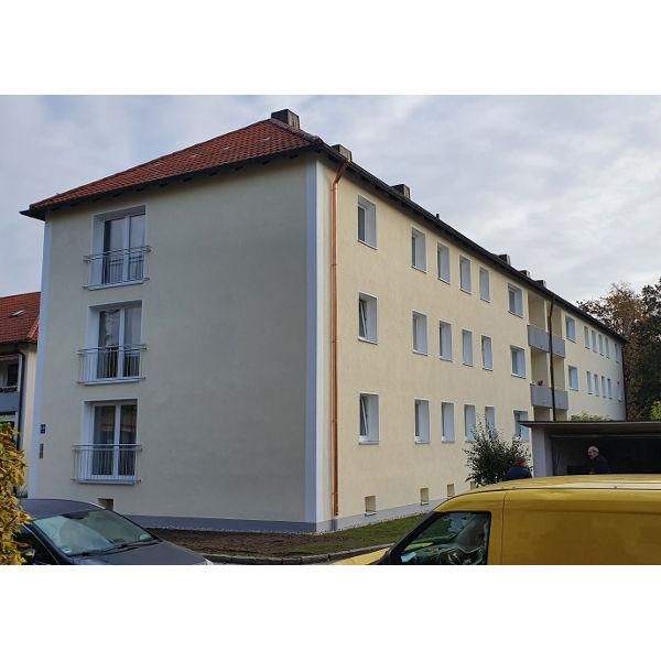 Referenz der Firma E. Miller in Krailling, Würmtal aus dem Jahr 2019 – Fassaden in Gräfelfing – Rückseite Vorher